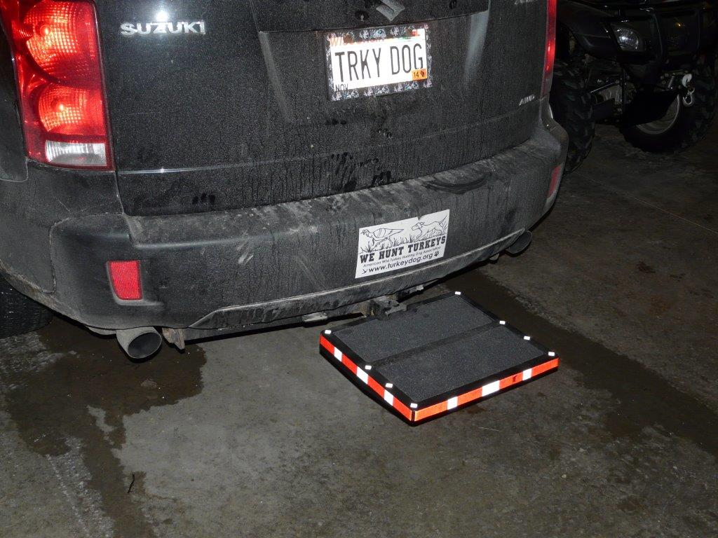 "Otto Step with reflective tape and 1/2"" pin"