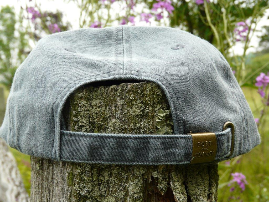 clasp style on back of formal hunting cap
